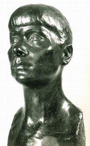 sculpture-marie-therese-tsalapatanis-autoportrait
