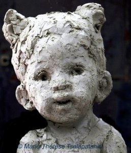 sculpture-marie-therese-tsalapatanis-enfant